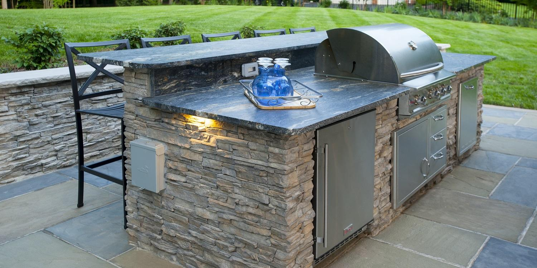 LiveAbode - DesignBuilders_outdoor kitchens_hero